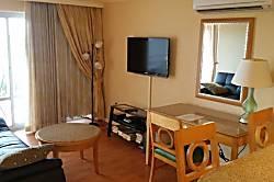 Ilikai Hotel #402