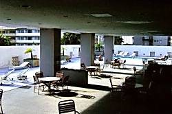 Gary's Place/Waikiki/FreePark