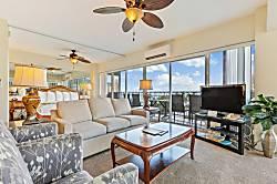 Waikiki Shore 718