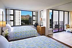 Waikiki Banyan 1001 T1