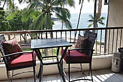 Kona Reef Beachfront Getaway