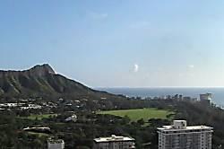 Waikiki Banyan 3613