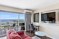 Waikiki Ocean Front Suite
