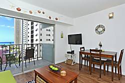 Waikiki Park Heights Ocean 1 BDR 8th Floor