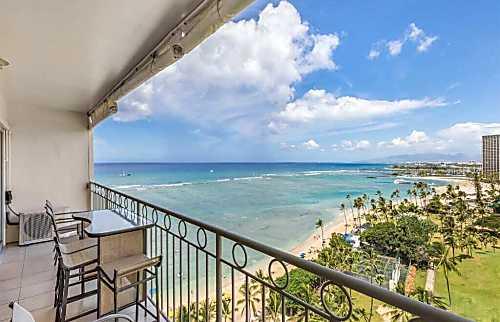 Waikiki Shore 1306