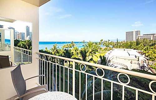 Waikiki Shore 615
