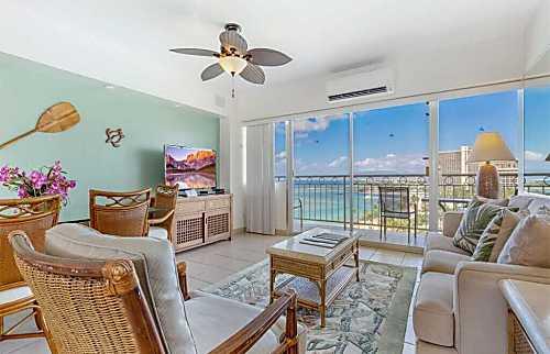 Waikiki Shore 1202