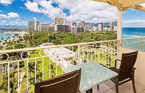Waikiki Shore 1204