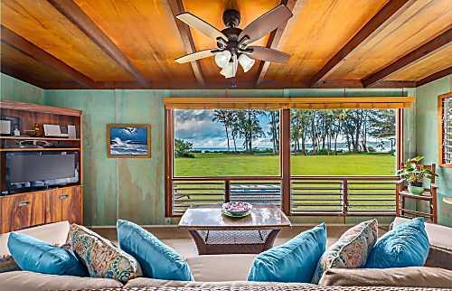 Hanalei Moon Beach Cottage
