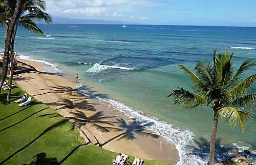 Hale Mahina Beach Resort A-402