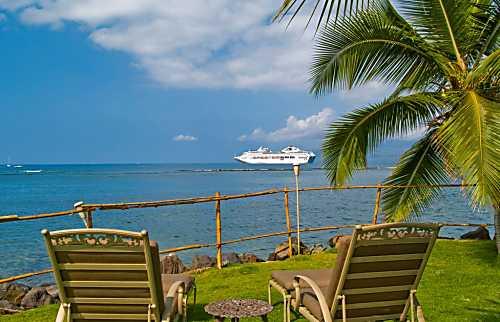 Lahaina Oceanfront Treasure