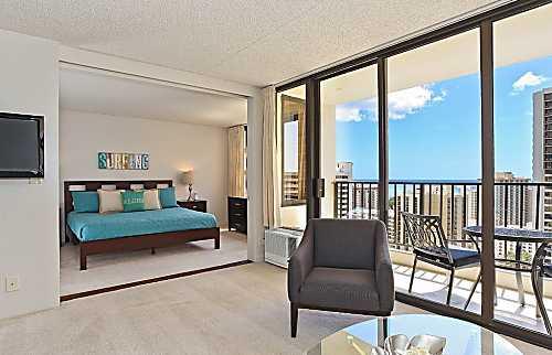 Waikiki Banyan #2608-T2