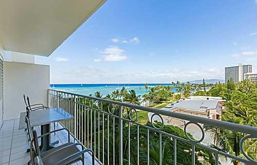 Waikiki Shore 716