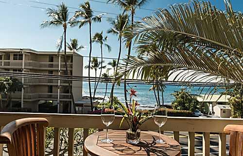 Lazy Palm Condominium 267