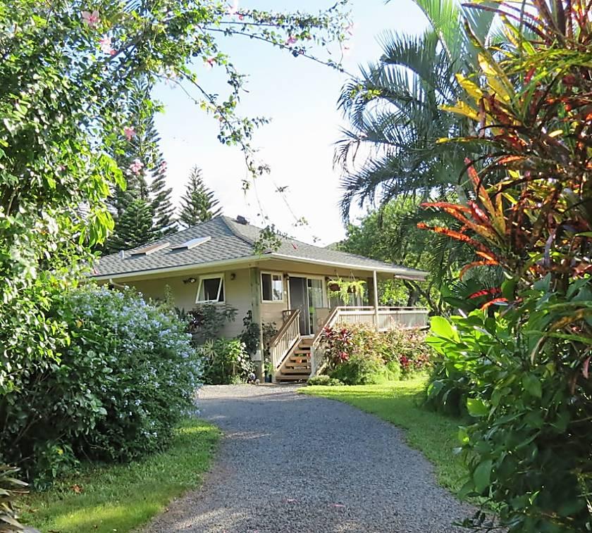 Aloha Hookipa Bayview Cottage
