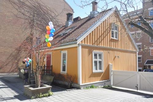 Hele huset - Grendehuset i Korsgata 16 er et koselig og gammelt trehus i to etasjer, beliggende på Nedre Grünerløkka.