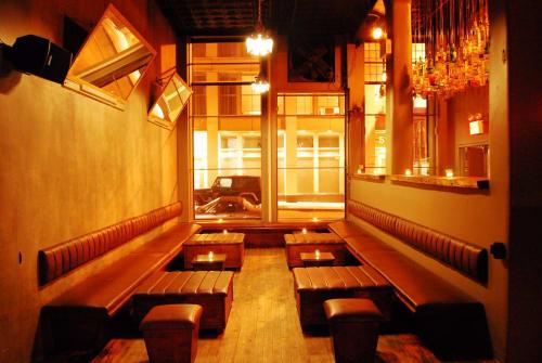 M 1-5 Bar & Lounge
