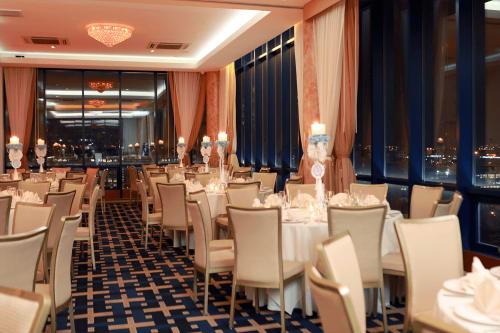 Vista Penthouse Ballroom