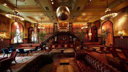 The Ballroom & Mezzanine at The Jane Hotel - Ballroom. 3,100 sq. ft. Accommodates 250 guests
