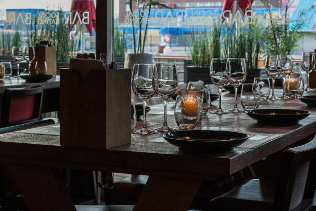 BAR Tjuvholmen - Hele Restauranten
