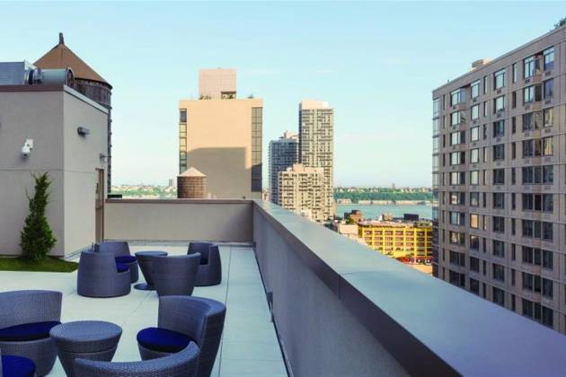 Homewood Suites by Hilton - Rooftop Lounge