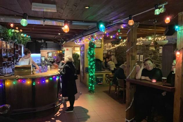 Nåløye Bar - Bar og selskapslokale