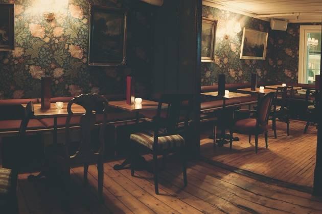 Justisen Resturant Bar & Bakgård - Salong 1