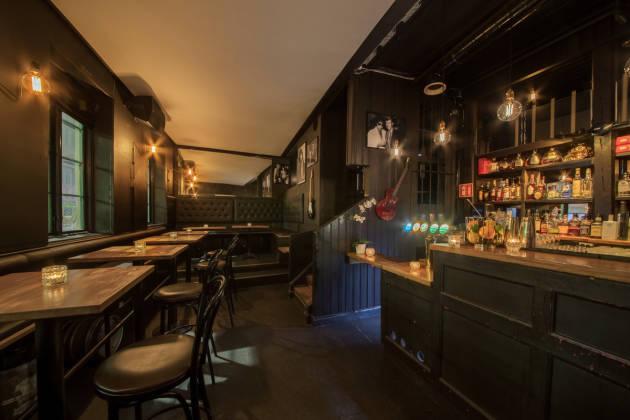 Justisen Bar & Bakgård - Salong 1