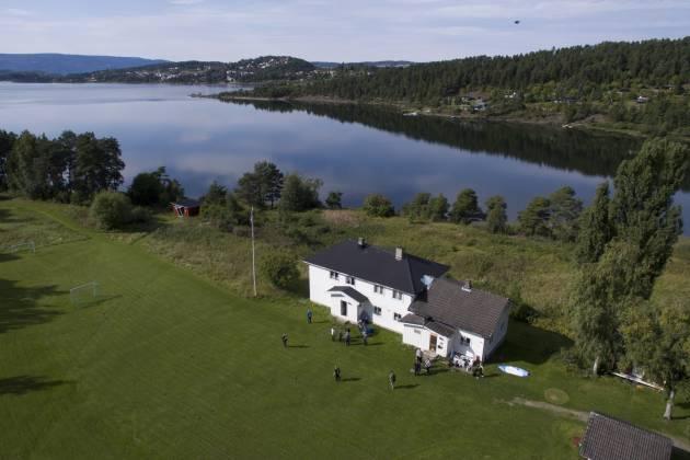 Herøya i Steinsfjorden - Selskapsøy