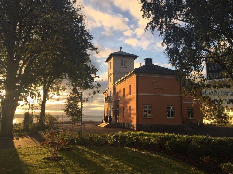 Chitra House Oslo - Unike opplevelser i eksklusiv villa - Chitra House