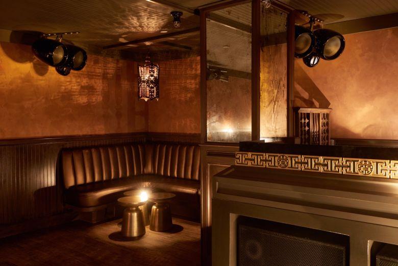 Louie & Chan - Restaurant and Club