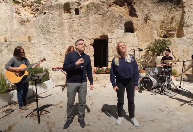 Easter Sunday in the Holy Land: Israeli, international Christians celebrate resurrection of Jesus at the Garden Tomb, Church of the Holy Sepulchre and other sites around the country