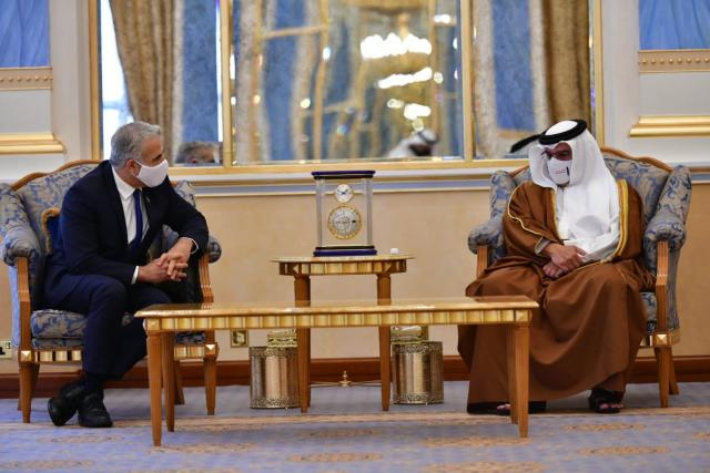 In historic first visit by an Israeli official, Lapid meets Bahraini king al Khalifa, plans to open Israeli embassy