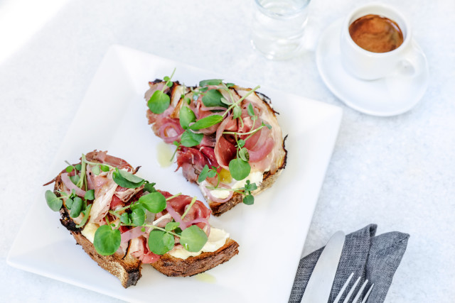 Blue Bottle Coffee breakfast lunch menu toast roast beef