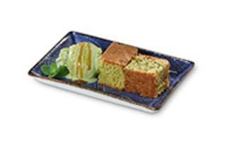 Matcha-Kuchen mit Grüntee-Eis