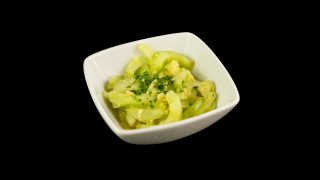 10 - Gurkensalat asiatisch