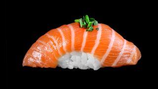 21b - Lachs Nigiri spicy