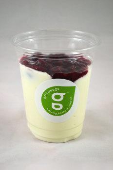 Joghurt mit Rote Grütze