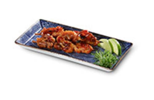 Yakitori-Spiesse Snack 3 gegrillte, marinierte Hähnchen-Spieße