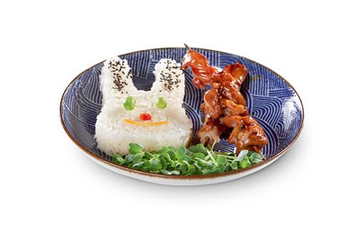 2 Yakitori-Spieße mit Hasen-Reis für Kinder