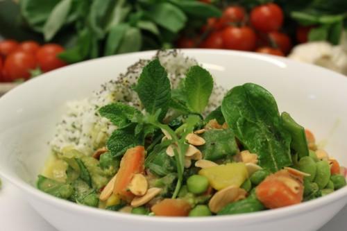 Grünes Vital Superfood Gemüse Curry