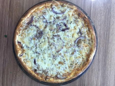 Pizza tonno family