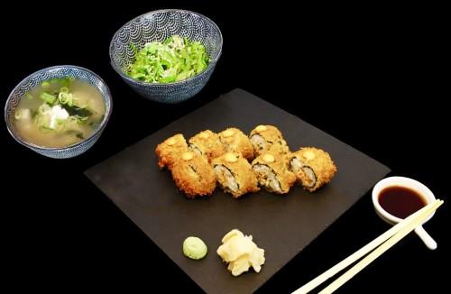 S10 - Crispy Lachs + Wakamé Seealgensalat + Miso Suppe