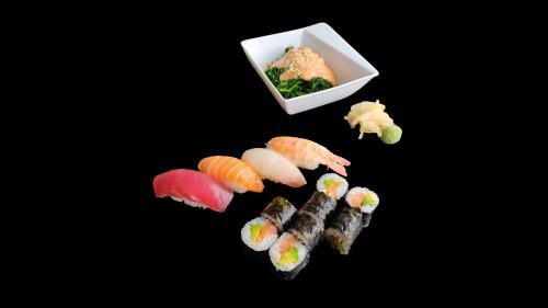 S3 - Sushi Klassiker Box + Spinatsalat mit Erdnusssauce