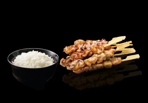 Yakitorispieße mit Reis (307)