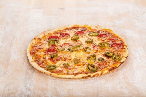 Chili Cheese Pizza 60x40cm