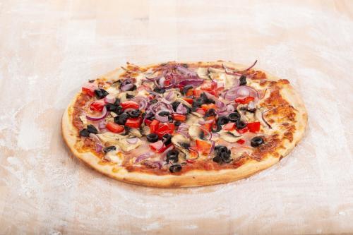 Pizza Capricciosa 60x40cm