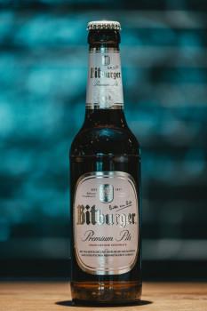 Flasche Bitburger Pils 0,33l