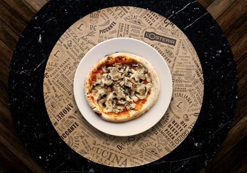 Pizza Maria mit frischen Egerlingen