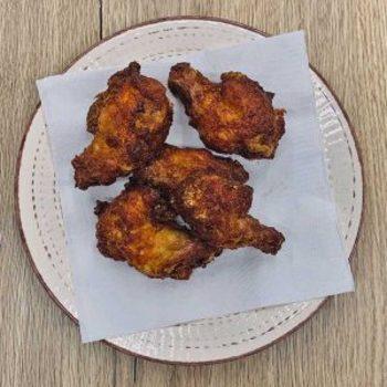 Feurige Chicken Wings (4 Stück)